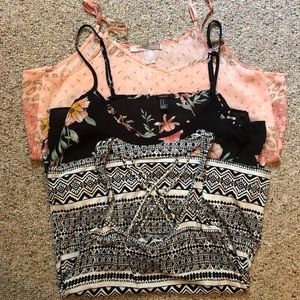 Bundle of FOREVER 21 tank tops